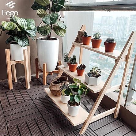 Kệ để cây cảnh bậc thang 3 tầng / Kệ gỗ thông Decor