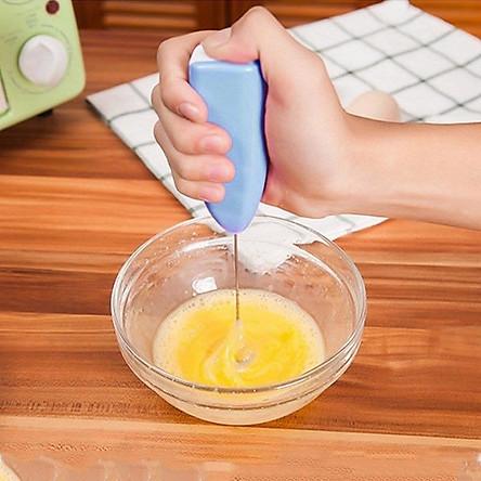 Máy đánh trứng mini cute (giao màu nghẫu nhiên)