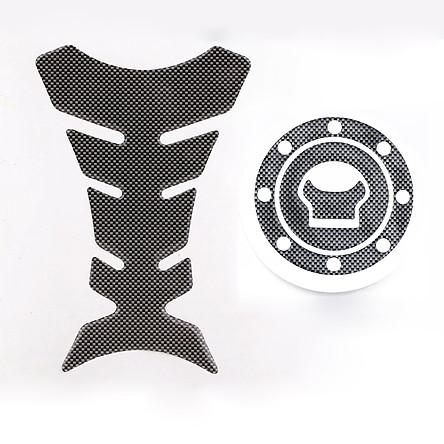 New Carbon-Look 2PCS Fuel / Gas Cap Cover Pad Sticker For SUZUKI GSXR 600 750 1300 SV 1000 GSFT 1200 Bandit