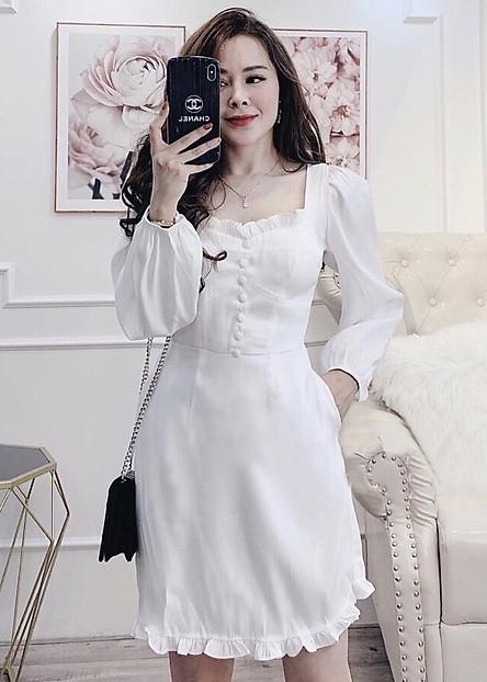 Đầm mila trắng cổ bèo nút bọc