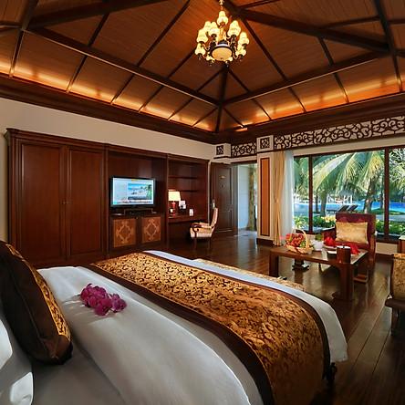 Vinpearl Luxury  5* Nha Trang - Giá Mùa Thấp Điểm