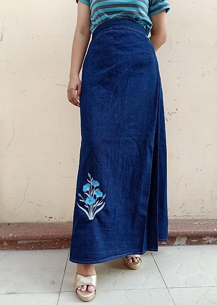 Váy chống nắng Jean mềm Cao cấp thêu Hoa Thanh Tú Loại 1 Tà có Nút bấm Nổi bật