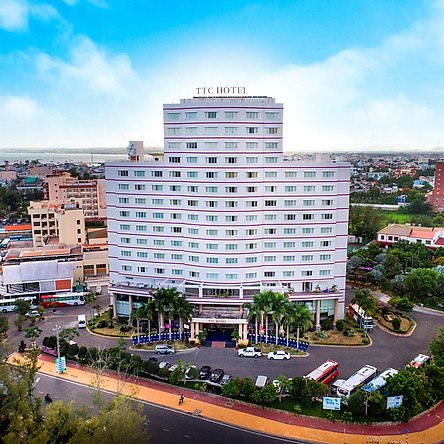 TTC Hotel Premium Phan Thiết 4* - Bữa Sáng, Hồ Bơi, Ưu Đãi Lưu Trú Từ Chủ Nhật Đến Thứ 4 Hàng Tuần