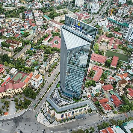 [Thu Tỏa Nắng] Vinpearl Hotel 5* Huế - Buffet Sáng, Hồ Bơi, Trung Tâm Thành Phố, Gần Cầu Trường Tiền, Sông Hương