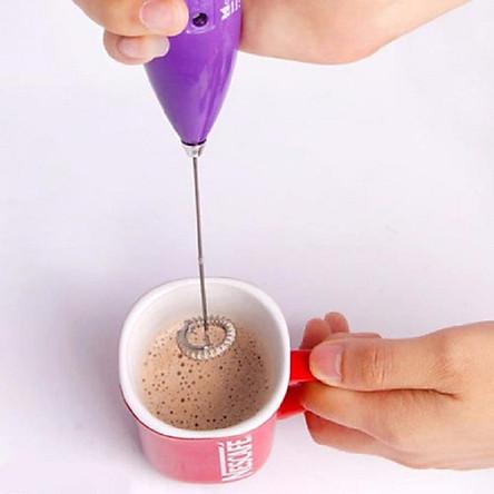 Máy đánh trứng, tạo bọt cà phê mini cầm tay tặng kèm miếng rửa bát lót nồi silicol tiện lợi