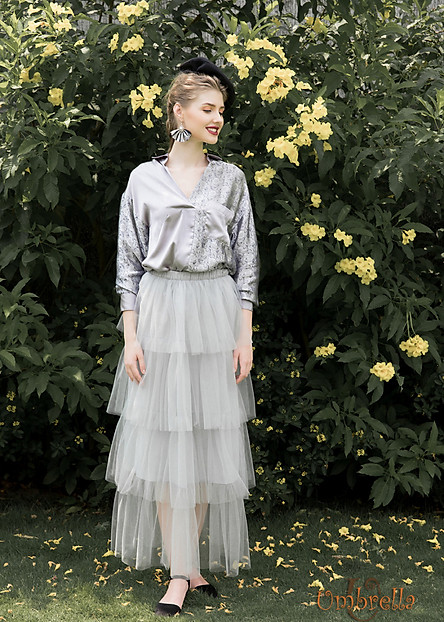 Váy ren dài layer xám Umbrella Fashion