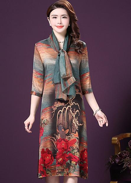 Đầm suông trung niên size lớn kiểu đầm suông dự tiệc in họa tiết đẹp phối khăn rời SC1521