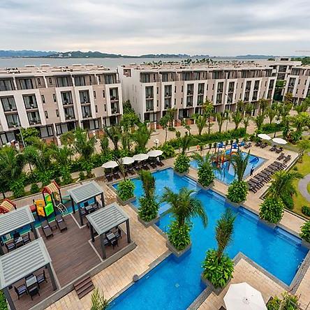 Royal Lotus Resort 4* Hạ Long - Gói Ăn 02 Bữa Buffet Kèm Nhiều Tiện Ích Miễn Phí