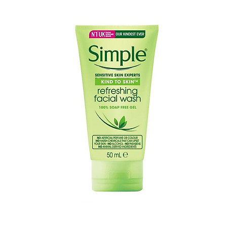 Simple Kind To Skin Refreshing Facial Wash - Sữa Rửa Mặt Dịu Nhẹ Cho Da Nhạy Cảm