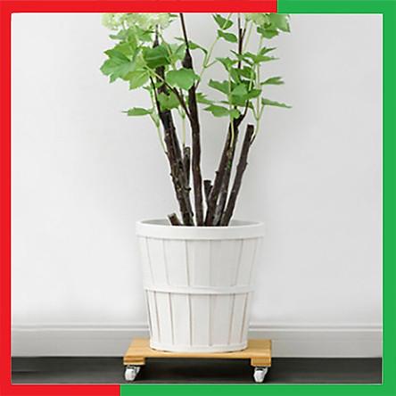 Giá kệ đế gỗ mini chậu cây hoa Di Động có bánh xe quay 360 độ giúp Di chuyển Chậu Cây Chậu Hoa mọi vị trí trong nhà ngoài trời đều được,Mặt gỗ tre ,Bánh nhựa,Bản lề kim loại.- Đế gỗ lót chậu cây có bánh xe