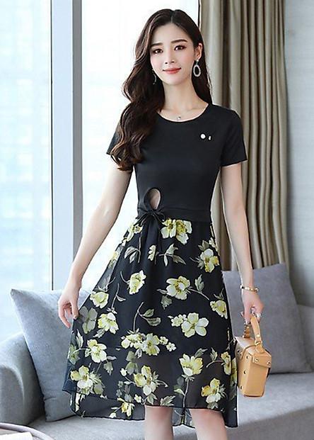 Set bộ váy dạo phối kiểu set áo thun cột eo phối chân váy xòe hoa vàng GOTI1033275