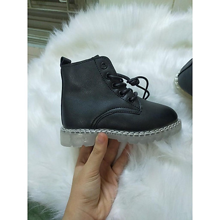 giày boots