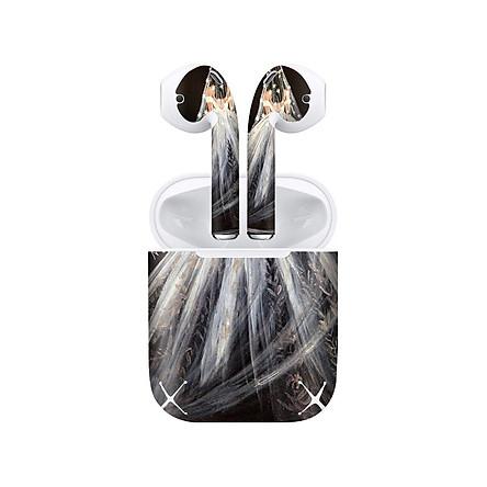Miếng dán skin chống bẩn cho tai nghe AirPods in hình Cô gái váy cưới - Gin013 (bản không dây 1 và 2)