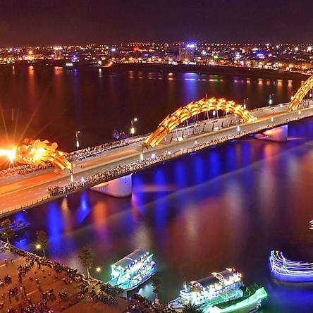 Vé Thuyền Rồng Sông Hàn Đà Nẵng Về Đêm