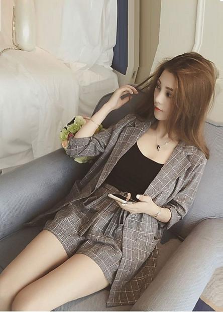 Sét bộ vest đùi nữ kèm áo hai dây phong cách hàn quốc ( 3 món)