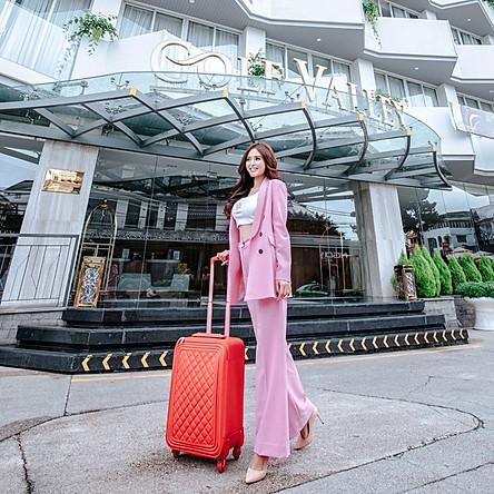Golf Valley Hotel 4* Đà Lạt - Gần Chợ & Hồ Xuân Hương, Gồm Buffet Sáng, Miễn Phí Xông Hơi