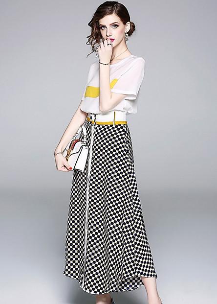 Set áo thun kèm chân váy caro cá tính BY7003A