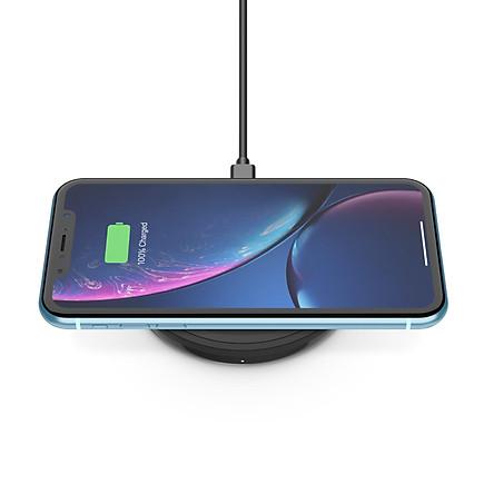 Đế sạc không dây cao cấp Belkin BOOST↑UP 10W chuẩn Qi,  đế nằm,  sạc nhanh cho iPhone 7.5W và Air Pods - F7U088bt - Hàng Chính Hãng