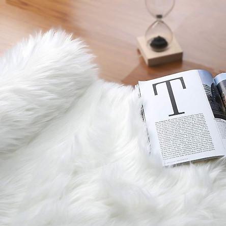 Thảm lông xù màu trắng mẫu mới