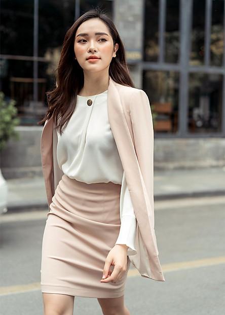 Set Áo Blazer Và Chân Váy Nữ AY5002B