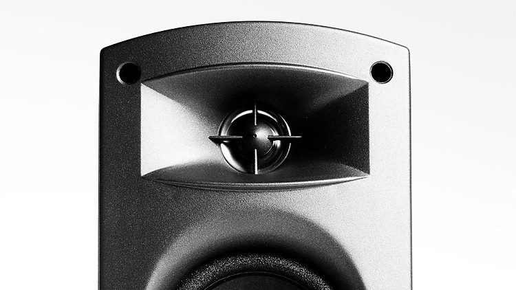 Thiết kế họng kèn cho phép âm thanh khuếch tán đến đúng khu vực nghe