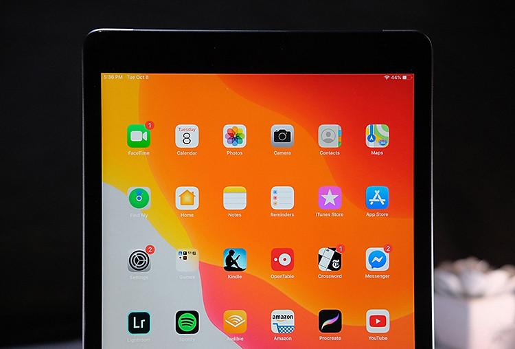 Điện thoại iPad 10.2 inch Wifi 128GB (2019) | Thời lượng pin ấn tượng