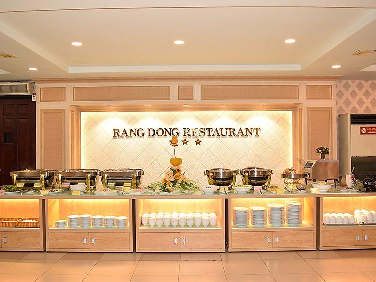 Nhà hàng trong khách sạn