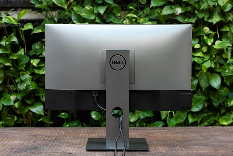 Màn hình Dell Ultrasharp U2419H  Thiết kế hoàn mỹ