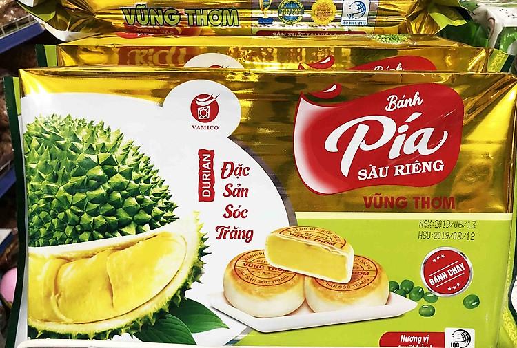 Đặc sản bánh Pía Vũng Thơm - tour miền Tây 4 ngày 3 đêm