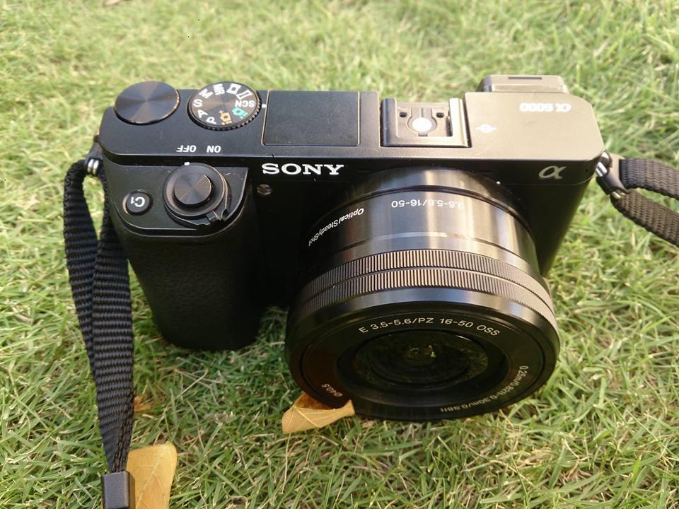 Máy Ảnh Sony A6000 Kèm Theo 16-50mm