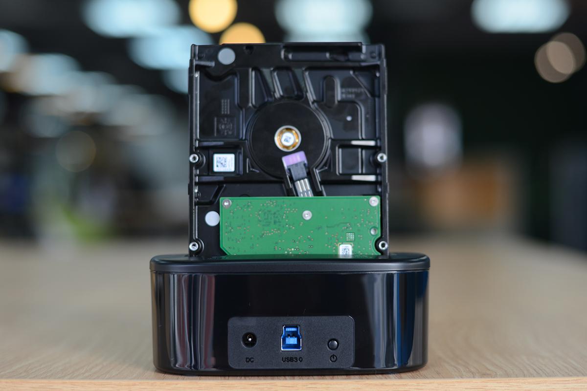Khay Đựng Ổ Cứng Docking ORICO USB3.0/3.5/2.5 - 6218US3 - Hàng Chính Hãng