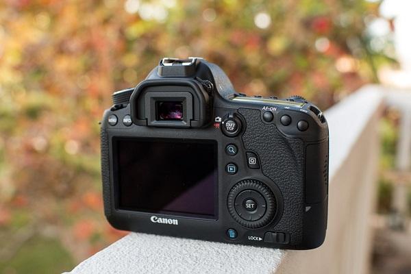 Máy Ảnh Canon 6D (Body)