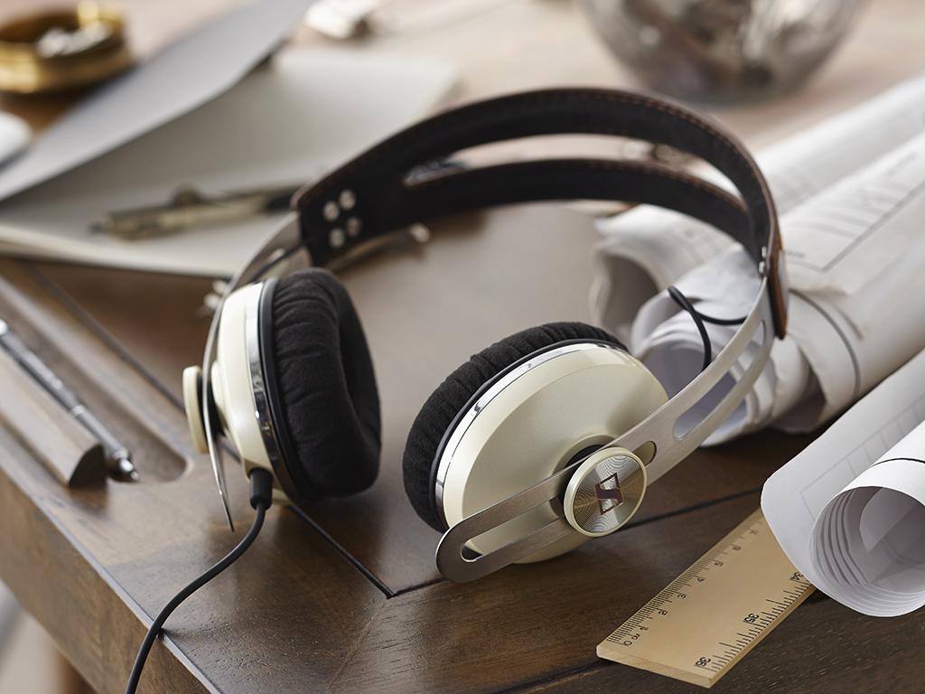 Tai Nghe Sennheiser Momentum 2.0 On Ear iOS