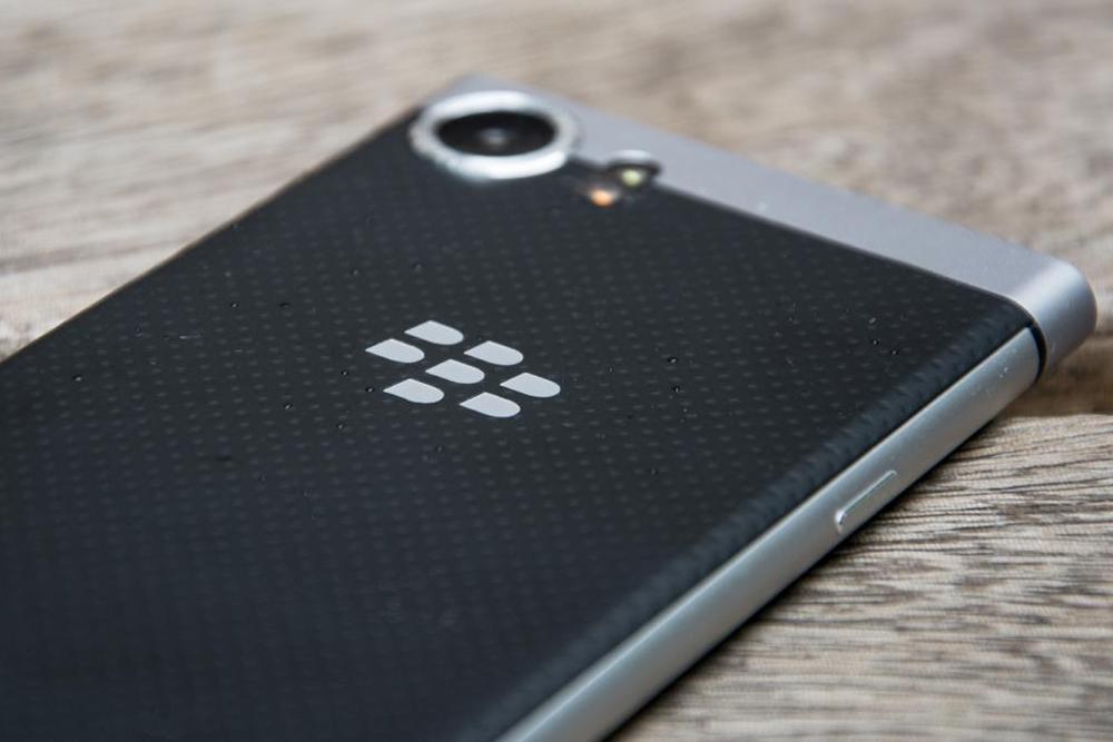 Điện Thoại BlackBerry KEYone (Silver) - Hàng Chính Hãng