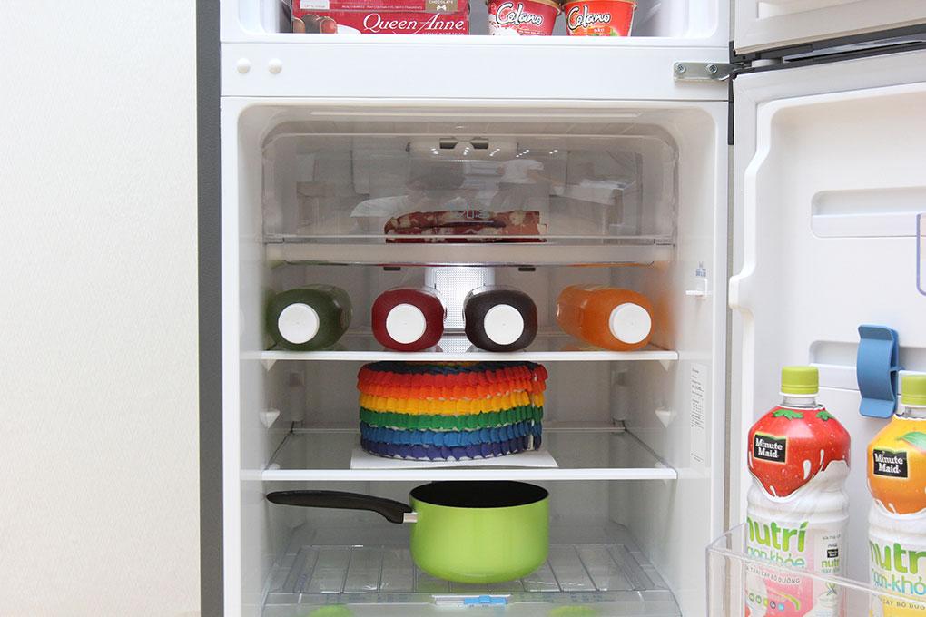 Tủ Lạnh Inverter Electrolux ETB2100MG - 211L (Bạc)
