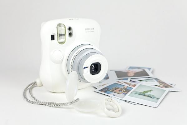 Máy ảnh Fujifilm Instax 25