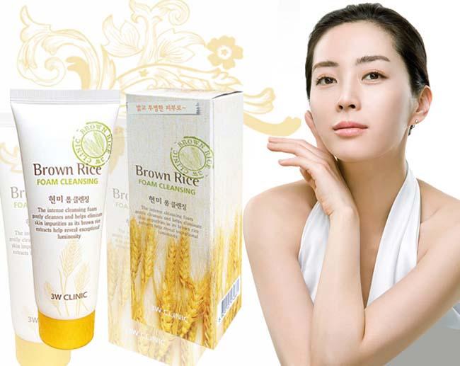 Sữa Rửa Mặt Chiết Xuất Từ Gạo 3W Clinic Brown Rice Foam Cleansing (100ml)