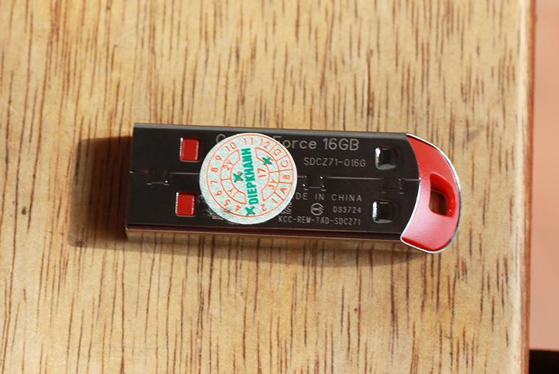 USB 2.0 SanDisk Cruzer Force CZ71 16GB - Hàng chính hãng