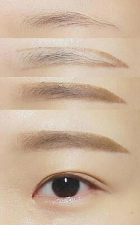 Bột Kẻ Lông Mày Powder Eyebrow Cezanne (1.02 g x 2)