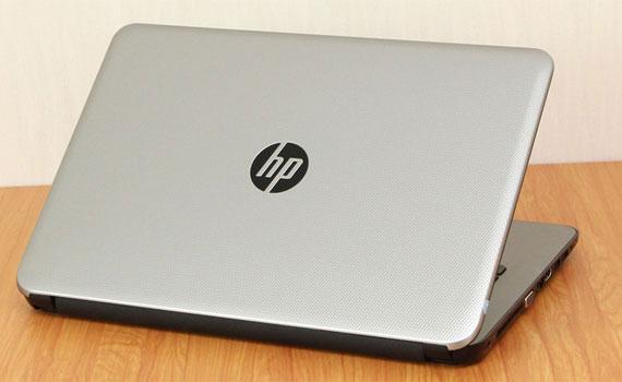 Laptop HP 14-ac133TU P3D13PA Bạc