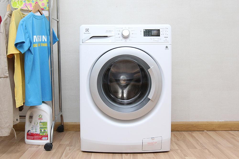 Máy Giặt Electrolux EWF12942  - DL0700374 (9kg)