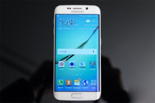 Samsung Galaxy S6 Edge - 5.1 inch/4 nhân x 1.5GHz + 4 nhân x 2.1GHz/32GB/16.0MP/2600mAh