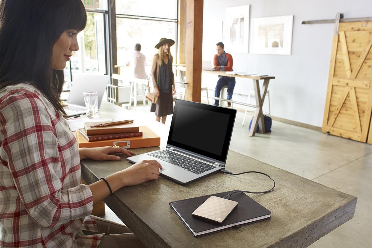 Ổ Cứng Di Động Seagate Backup Plus Ultra Slim - 1TB USB 3.0