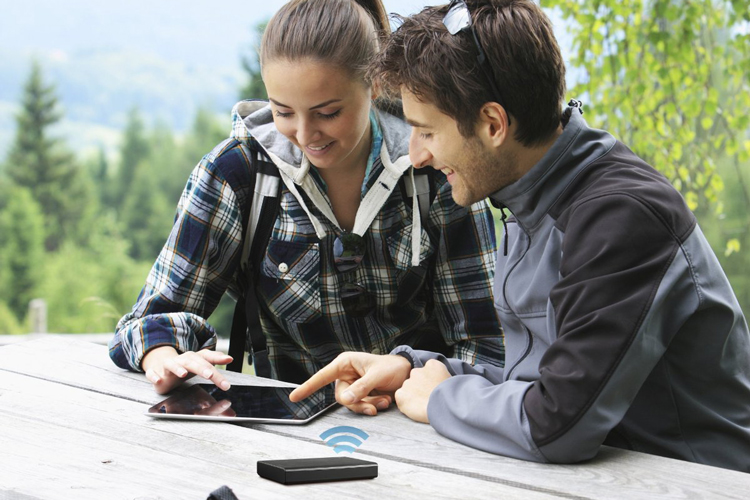 Ổ Cứng Mạng HDD Seagate External Wireless Mobile Portable 2TB 2.5'' STCV2000300