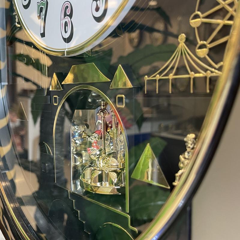 Đồng hồ treo tường RHYTHM 4MH751WD18 (Vàng Champange)