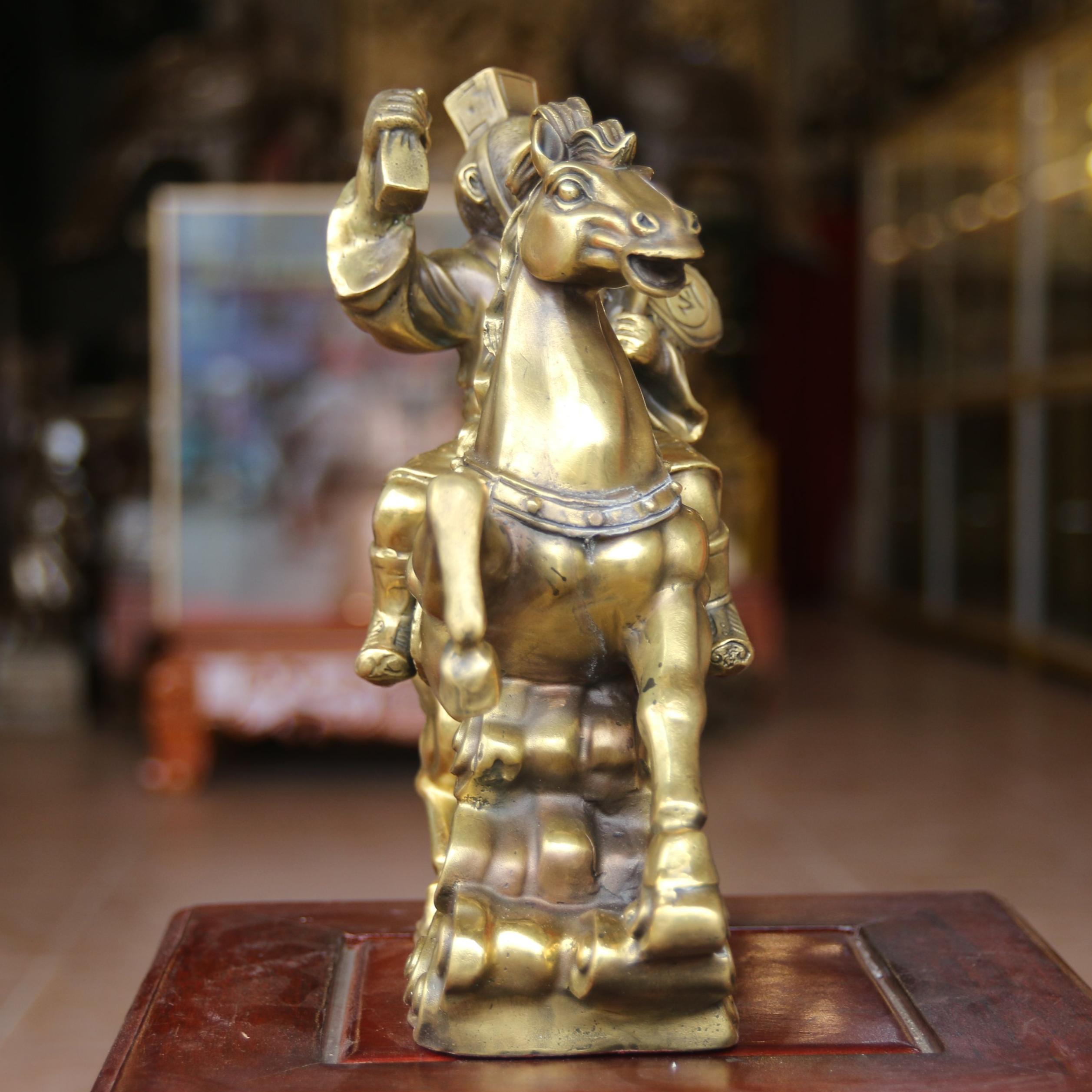 Tượng Mã Thượng Phong Hầu Cao 30cm