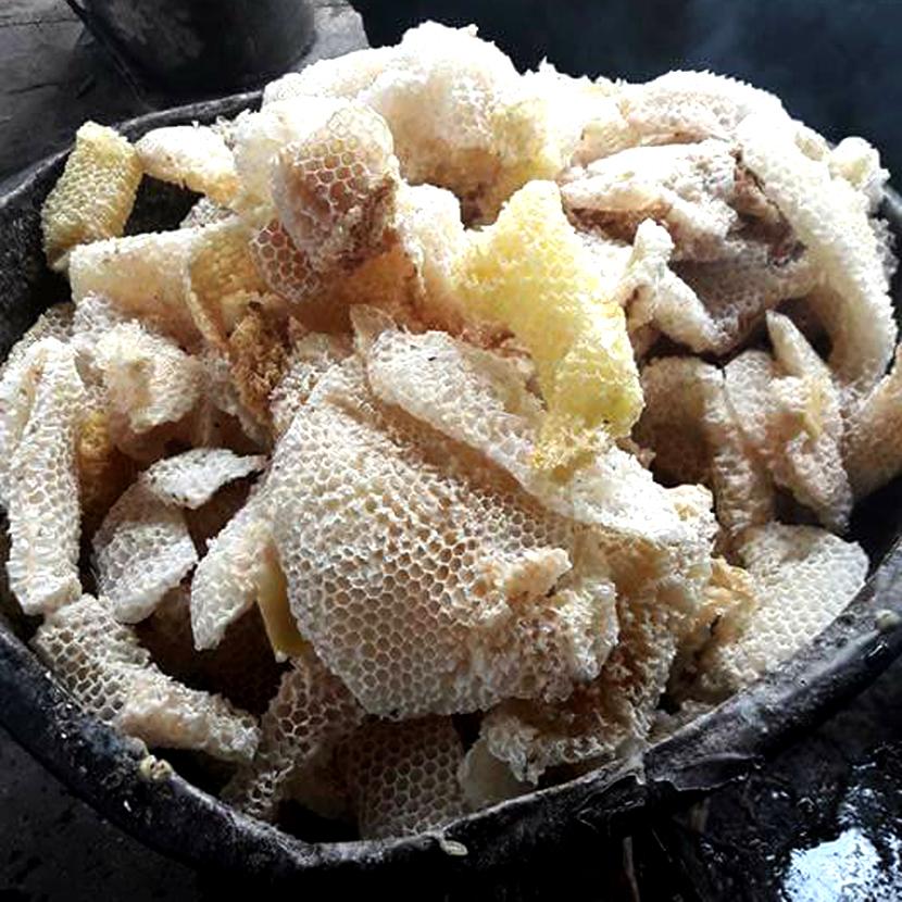 Nến Thơm Sáp Ong Emibee, Handmade Cháy 90 Giờ ( làm sạch không khí, khử mùi hôi trong phòng kín, thơm mật ong tự nhiên)