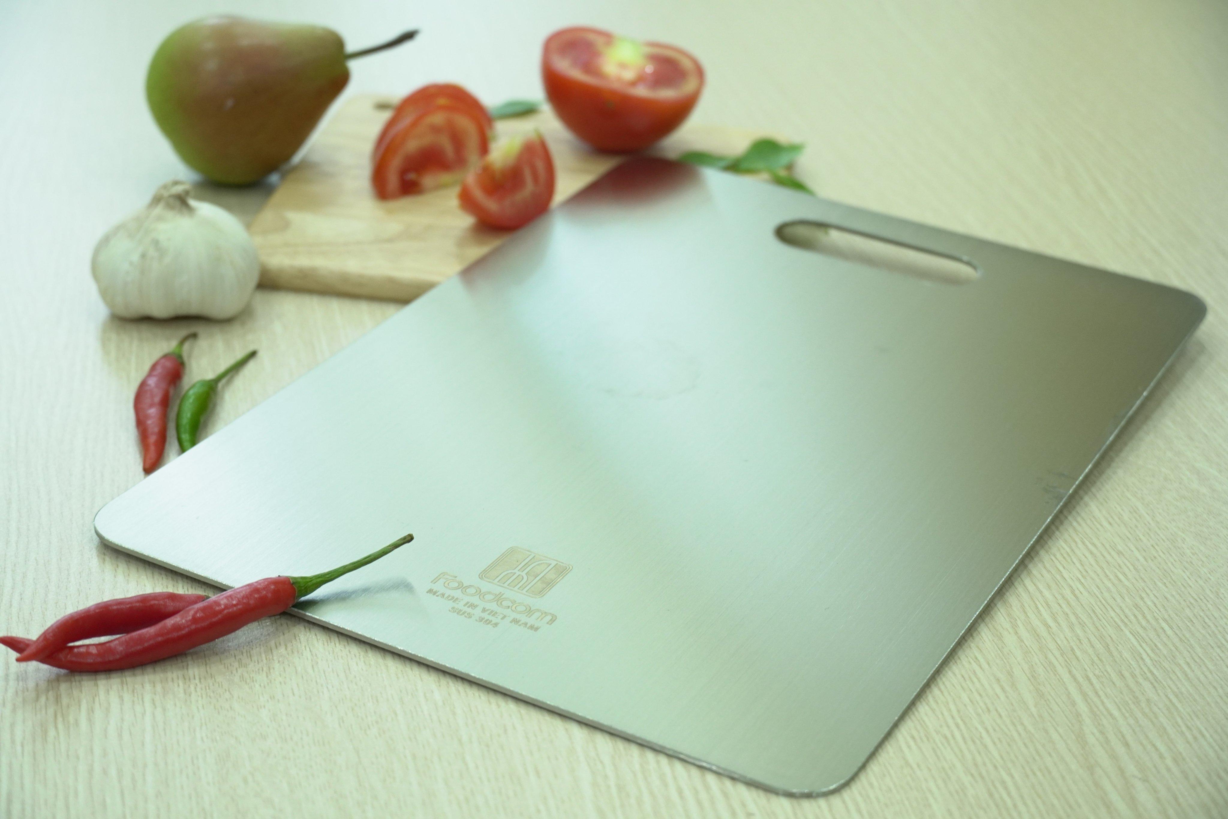 Thớt inox cao cấp 304- size 33,5x23cm , kháng khuẩn, chống ẩm mốc, thớt nhà bếp Fc - Hàng Việt Nam sản xuất