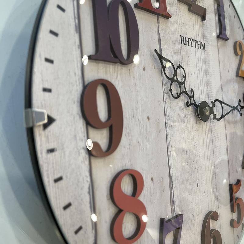 Đồng hồ treo tường RHYTHM WOODEN WALL CLOCKS CMP549NR03- Vỏ màu Trắng ( Kích thước 30.0 x 38.7 x 6.2cm), Vỏ màu nâu