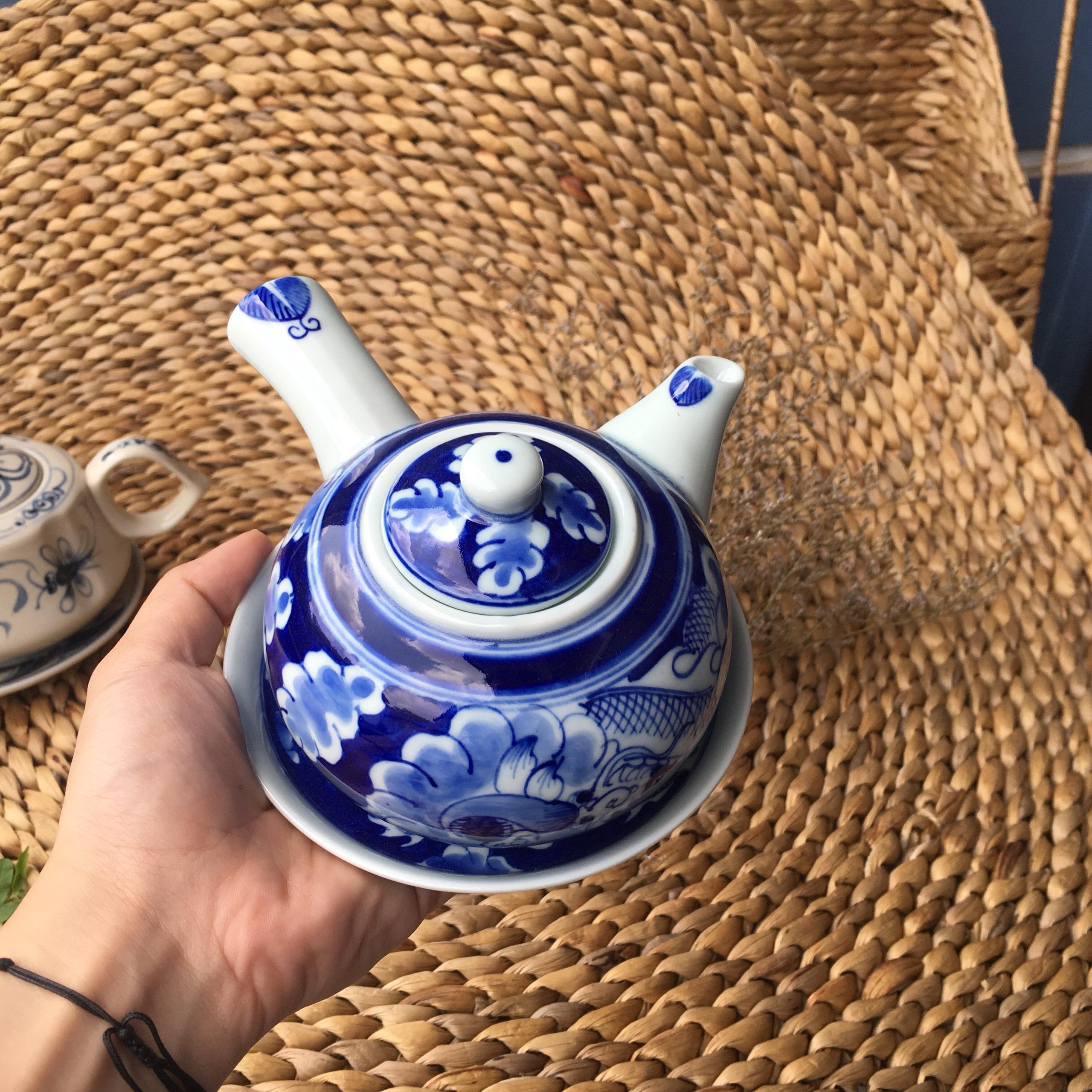 Bộ bình trà ( ấm chén) ngang tách rồng men trắng MNV-TS523